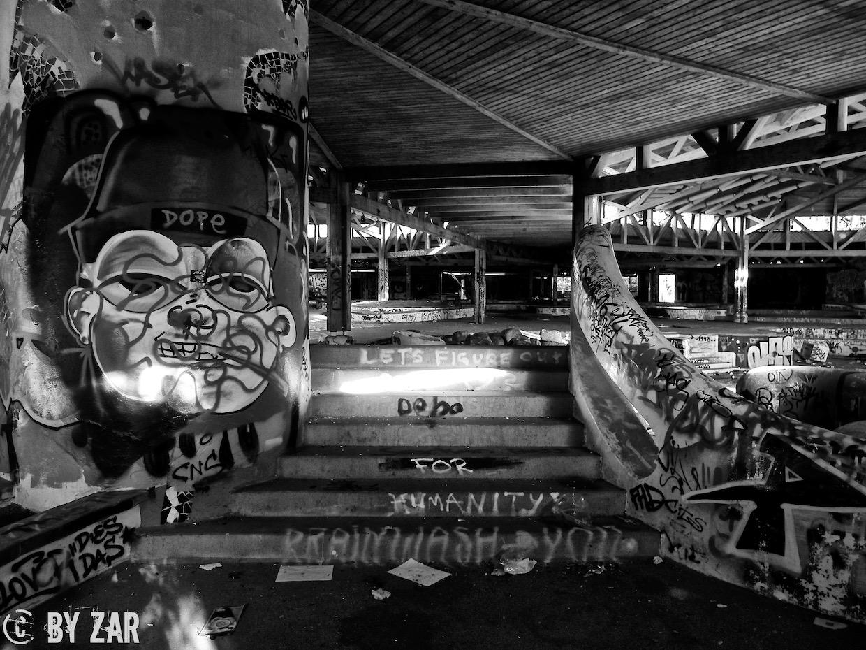 Verlassenes Spaßbad Blub - Berlin-4