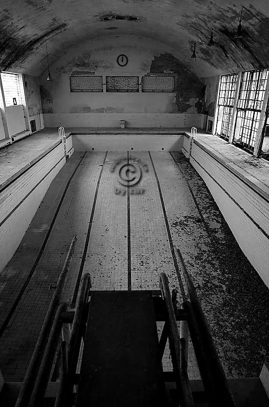 Olympisches Dorf Berlin Elbtal - Schwimmhalle