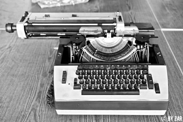 Schreibmaschine im Azethylenwerk urban exploration