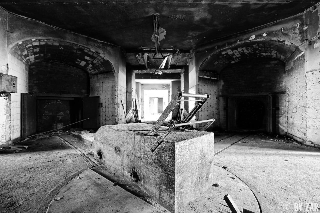Altes Krematorium Dessau am Friedhof III
