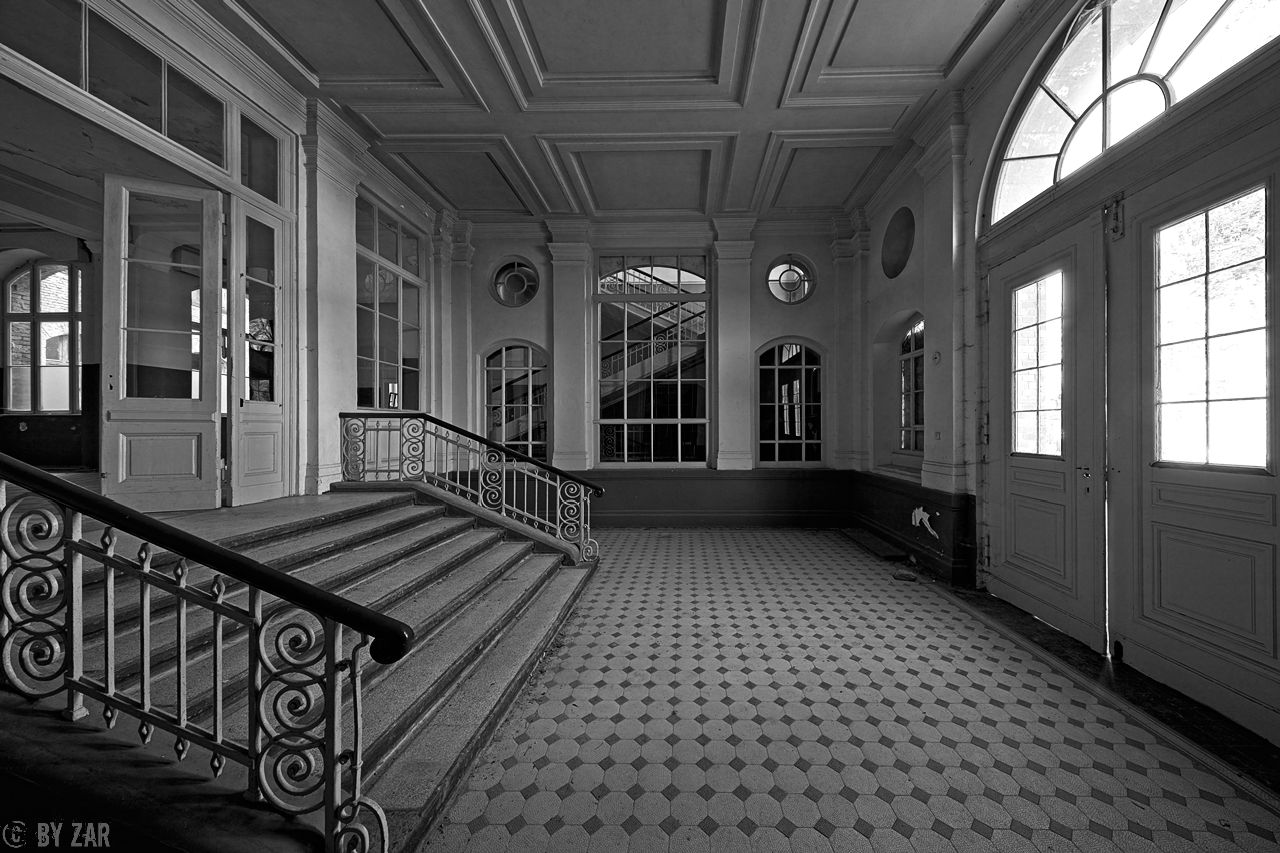 Beelitz Heilstätten - Badehaus - Portal
